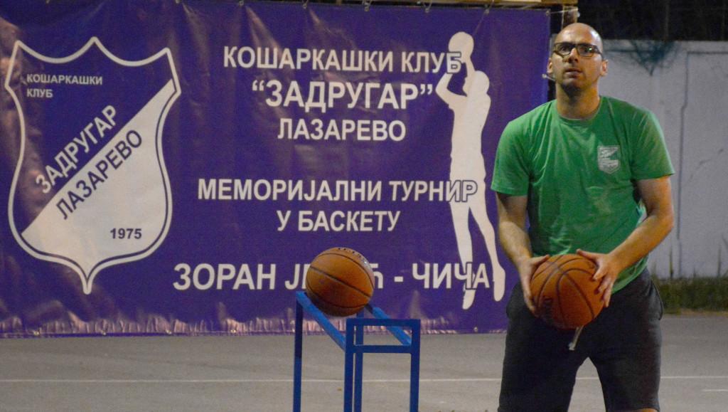 Basket turnir Lazarevo najbolji trojkas Milan Bosnic