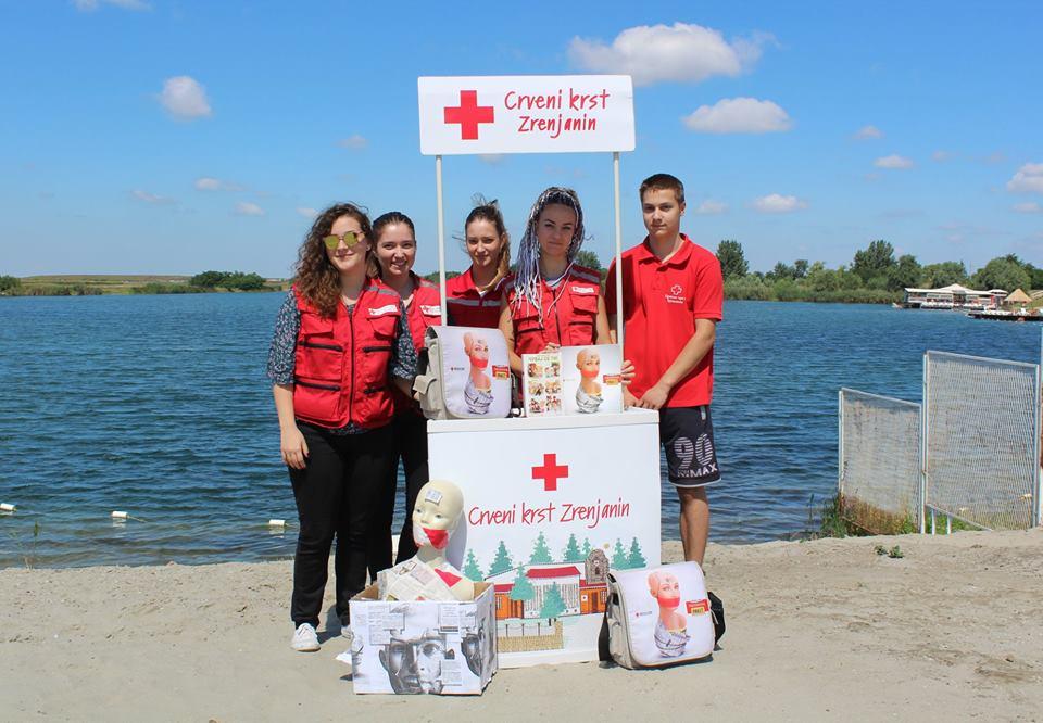 crveni krst volonteri