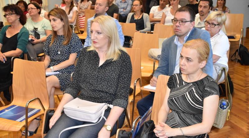 """""""DANI POVERENIKA"""" U ZRENJANINU: Obuka o ostvarivanju prava iz nadležnosti Poverenika"""