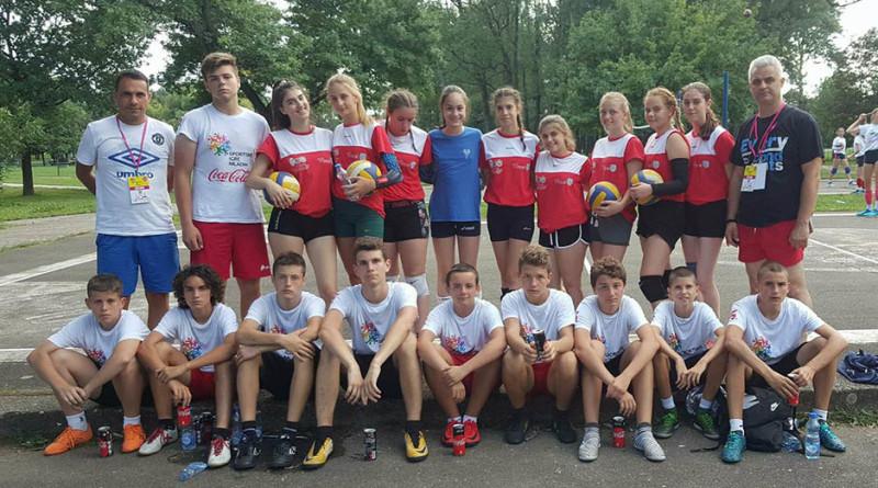 03 zd 20180803 sportske Odbojkasice i fudbaleri iz Zrenjanina