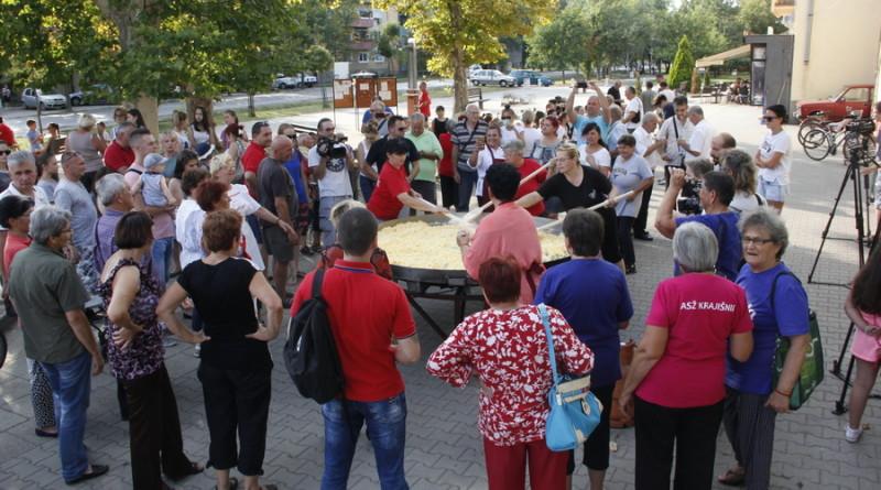"""PILE FEST"" U ŽITIŠTU: Kajgana, sportovi na vodi, etno-festival, koncerti..."