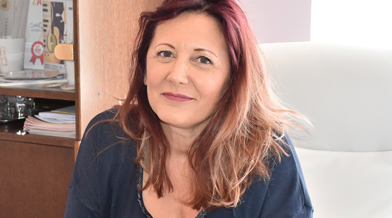 """DANIJELA RADAKOVIĆ DERIKRAVA, DIREKTORKA MUZIČKE ŠKOLE """"JOSIF MARINKOVIĆ"""""""