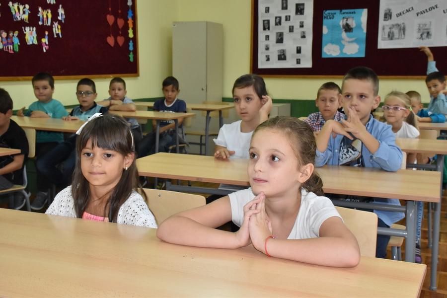 prvi dan skole (2)