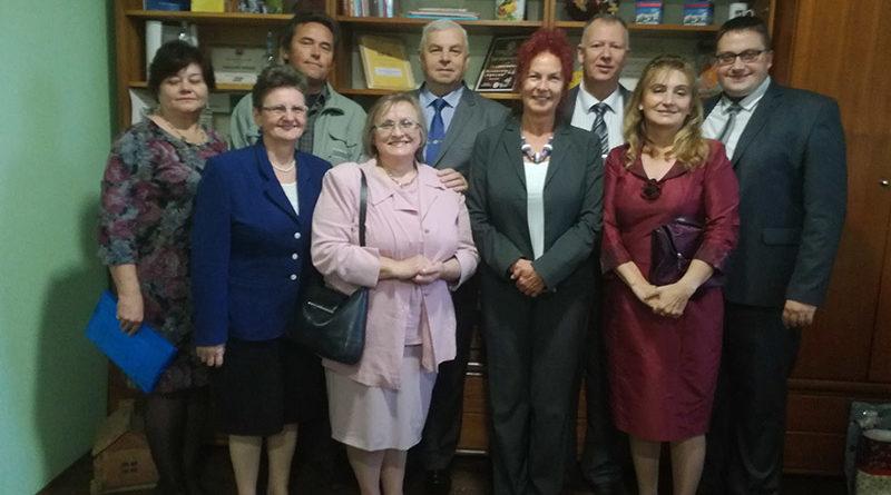 V ARADÁČI minulú sobotu OTVORili SLOVENSKÝ DOM: MIESTO PRE POKRAČOVANIE ČINNOSTI VŠETKÝCH SLOVÁKOV A ZDRUŽENí v osade