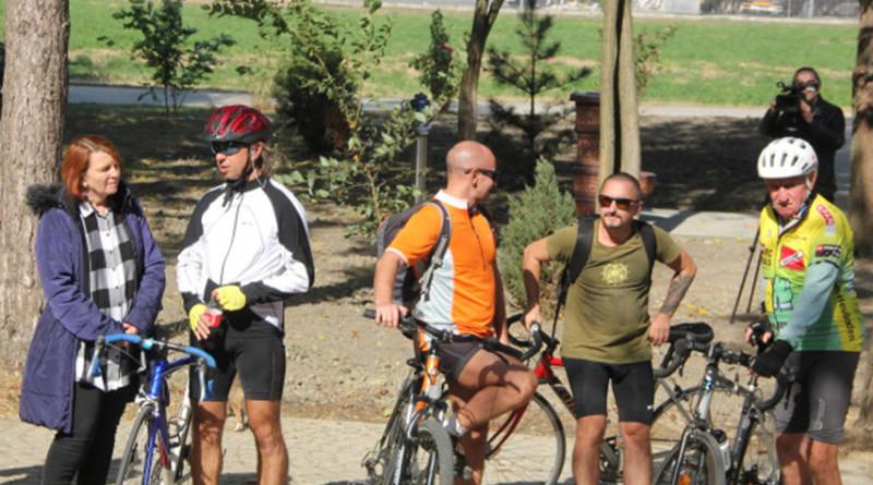 ZAVRŠEN PROJEKAT SRBIJE I RUMUNIJE ZA RAZVOJ CIKLOTURIZMA: uređeno je 300 kilometara staze i odmorišta za bicikliste