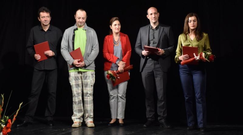 """OBELEŽEN DAN NARODNOG POZORIŠTA """"TOŠA JOVANOVIĆ"""": Nagrade pojedincima i knjiga o hronici zrenjaninskog teatra"""