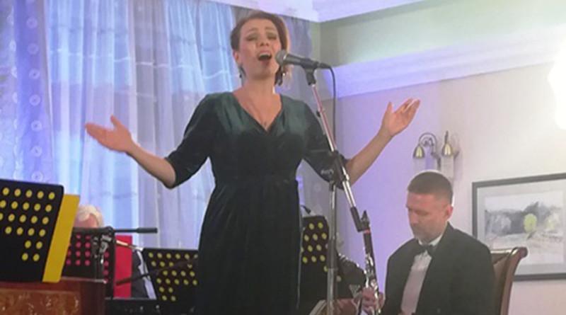 Romanța este un minunat gen al muzicii românești