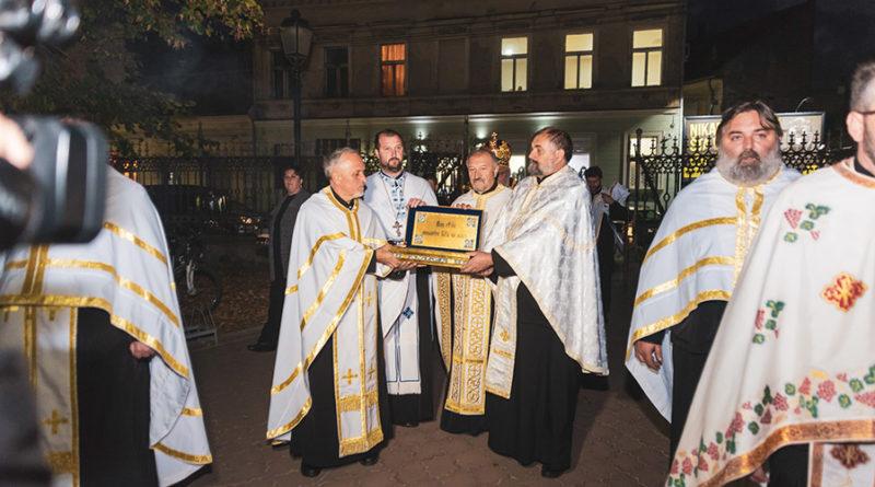 NAJVEĆE SVETINJE RUSIJE: Mošti 18 rostovsko-jaroslavskih svetitelja donete u Zrenjanin
