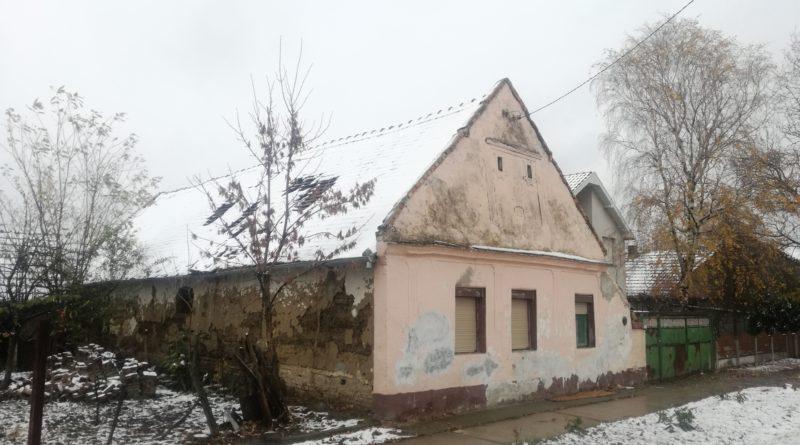 APEL ZA POMOĆ SAMOHRANOM OCU IZ ARADCA: Izgubili dom u požaru