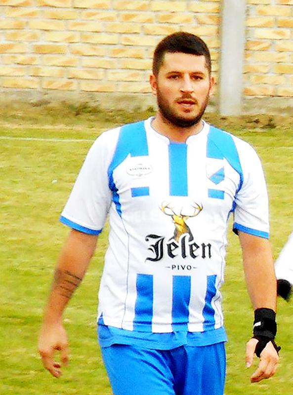 45 - 1 Fudbal Buducnost Nebojssa Djukic (Buducnost) foto G. Savin