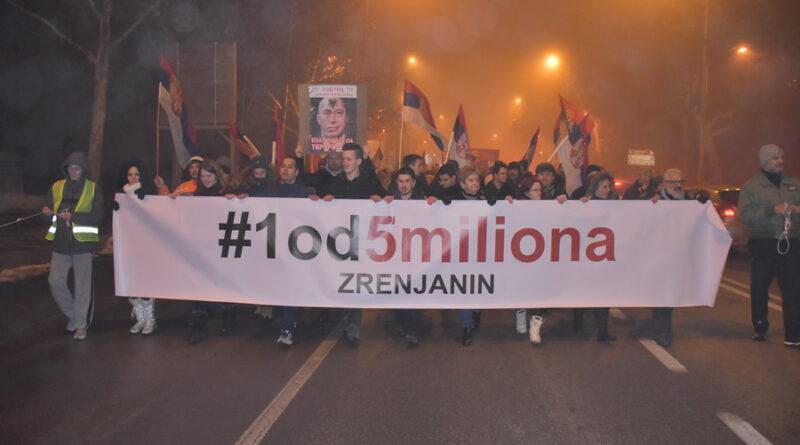 """PRVI SKUP """"1 OD 5 MILIONA"""" U ZRENJANINU: Okupilo se više stotina građana"""