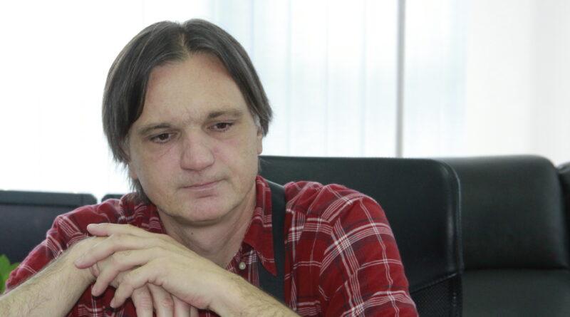 IN MEMORIAM: Preminuo naš kolega Aleksandar Bjelogrlić