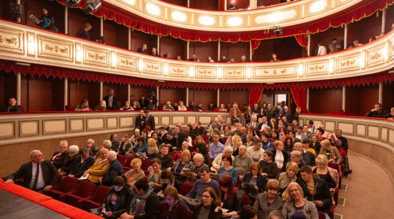 OTVOREN 69. FESTIVAL PROFESIONALNIH POZORIŠTA VOJVODINE:Grad na Begeju prestonica teatra