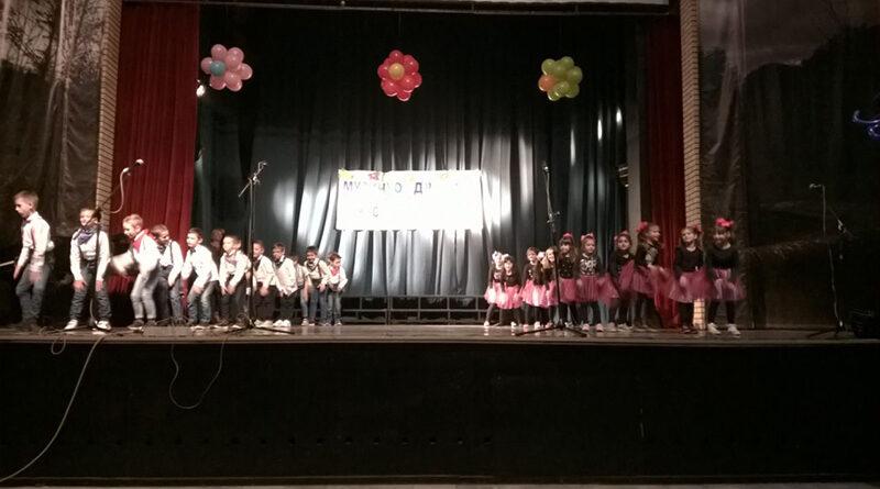 SMOTRA PREDŠKOLSKE USTANOVE U KULTURNOM CENTRU: Muzičko-dramskim delima predstavili se mališani iz brojnih vrtića