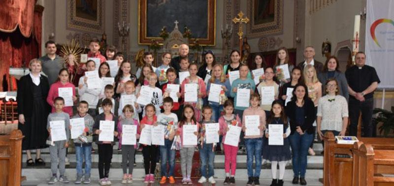 Különleges nevelési igényű gyermekekek a nagybecskereki püspöpség vendégei voltak
