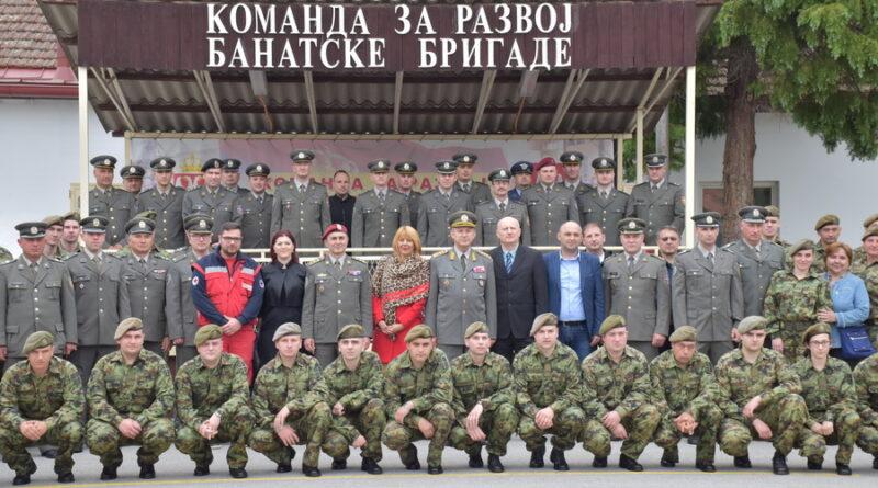 PRIMOPREDAJA DUŽNOSTI U KASARNI : Tomica Vasović na čelu zrenjaninskog Garnizona