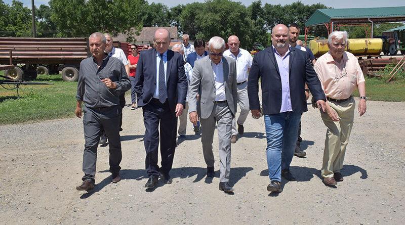 """MINISTAR KRKOBABIĆ POSETIO """"AGRO-KLEK"""""""