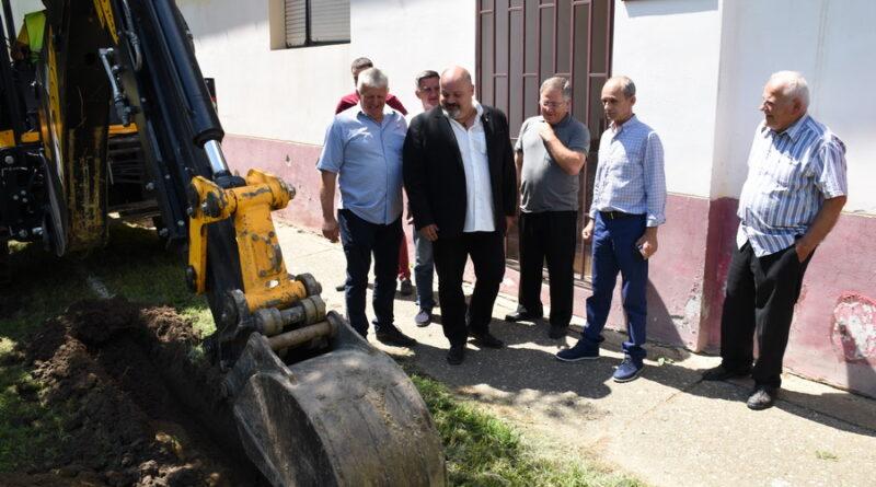 GRADONAČELNIK JANJIĆ POSETIO KNIĆANIN: Počinjemo novi talas gasifikacije