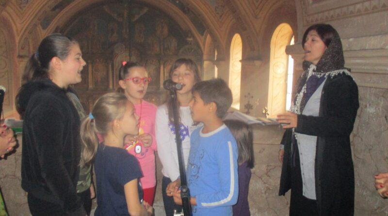 DUHOVNE SVEČANOSTI U ELEMIRU: Obnova tradicije horskog pevanja