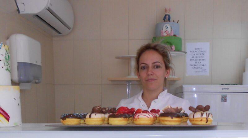 HUMANA ZRENJANINKA: Svetlanini slatkiši kao pomoć i zahvalnost
