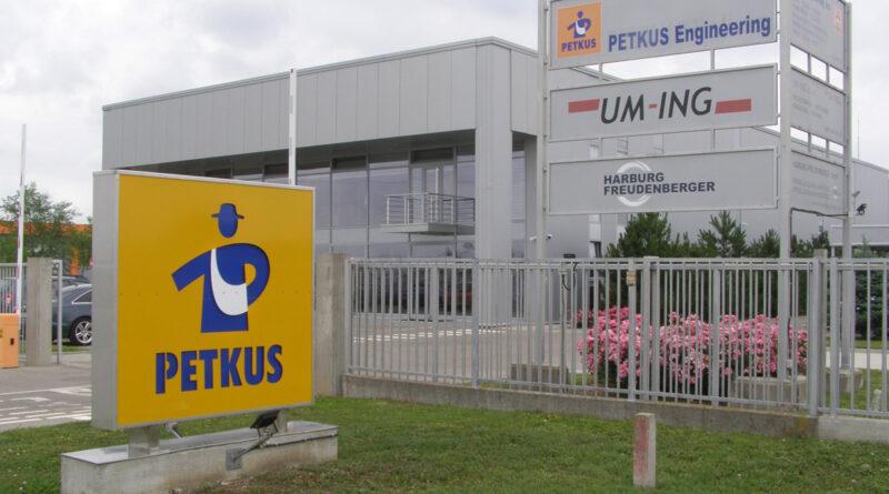 """""""UM-ING"""" I """"PETKUS"""": Primer razvoja zrenjaninske privrede"""