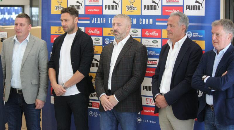 DONACIJA FUDBALSKOG SAVEZA: Oprema i lopte klubovima iz Zrenjanina i okoline